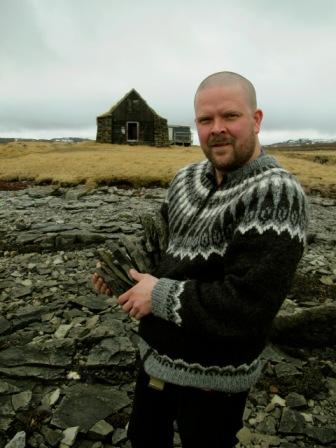 Islandic pull man